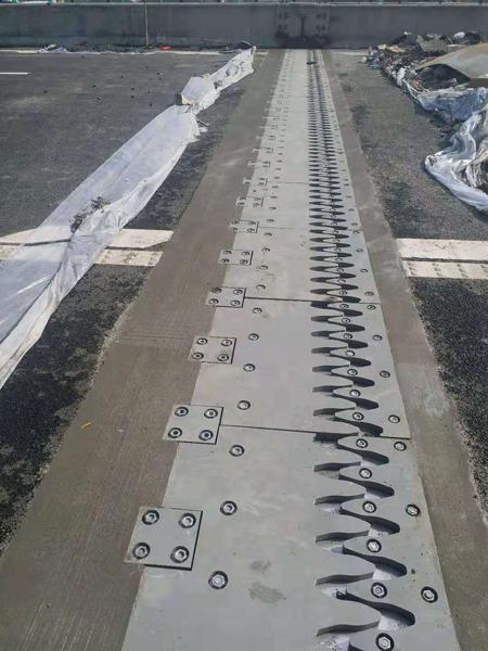 贵州更换桥梁伸缩缝施工的注意事项