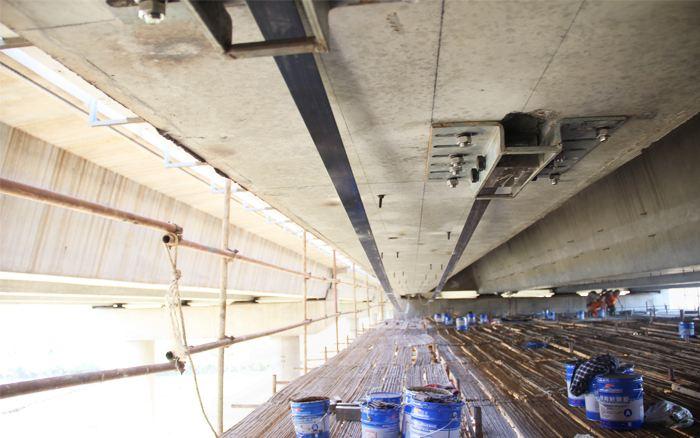 預應力碳板加固橋梁工程